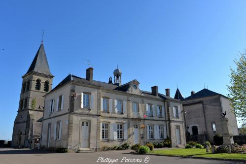 Mairie – École de Saint Révérien un Patrimoine