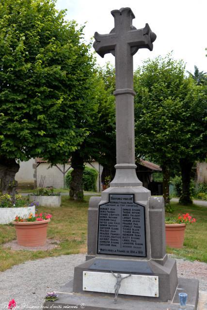 Monument aux morts de Neuville lés Decize Nièvre Passion