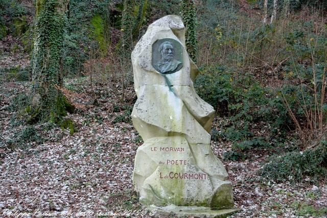 Stèle de Courmont de Château Chinon
