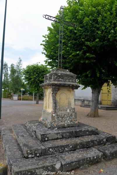 Croix de Saint Germain Chassenay