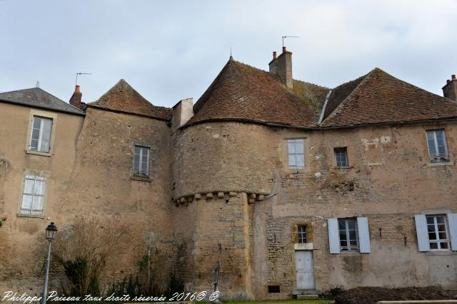 Ancien Château de Corbigny un ancien fort
