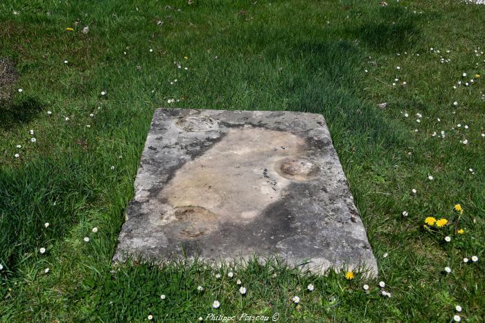 Pierre des morts de Montaron