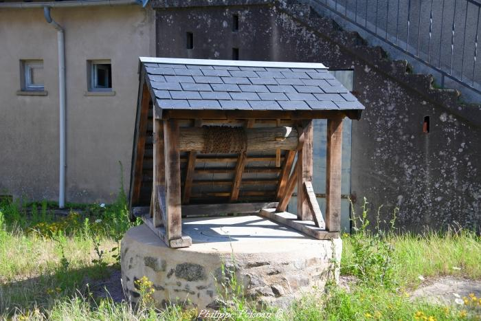 Puits du bourg de Millay un beau patrimoine.