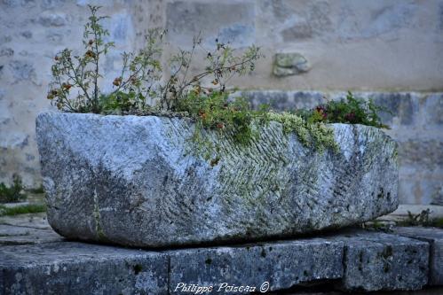 Sarcophages mérovingiens de Varzy