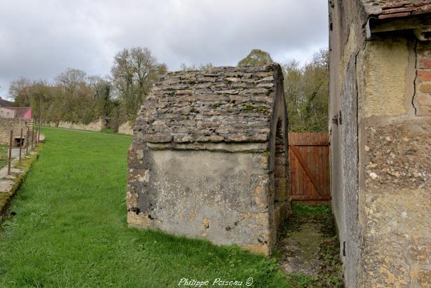 Source ancienne de Teigny un patrimoine
