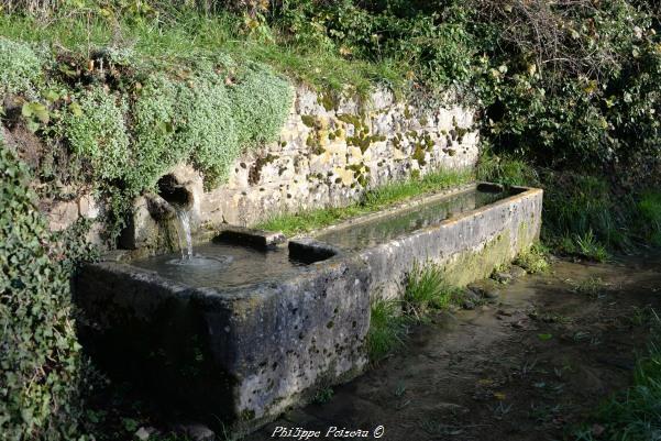 Source et abreuvoir de Corvol d' Embernard un patrimoine