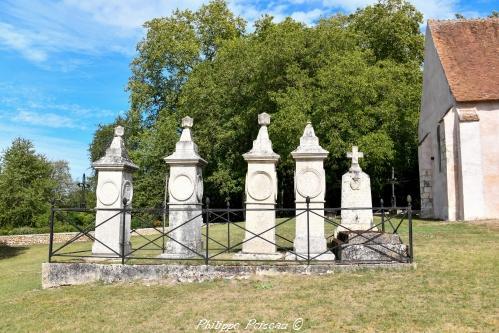 Stèles funéraires de Tracy un remarquable patrimoine