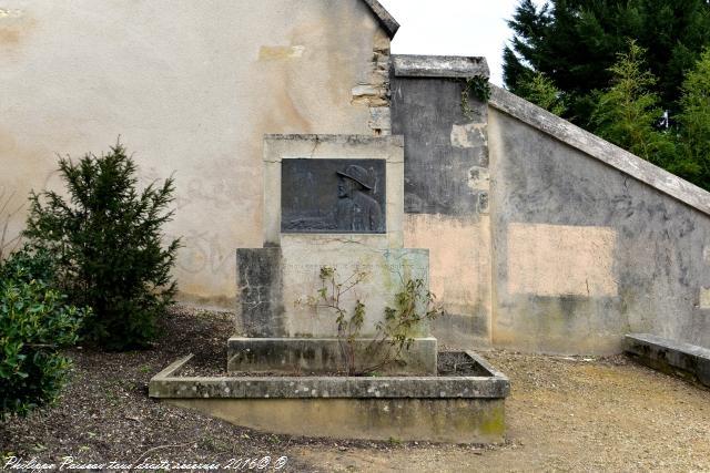 Stèle Achille Millien de Nevers