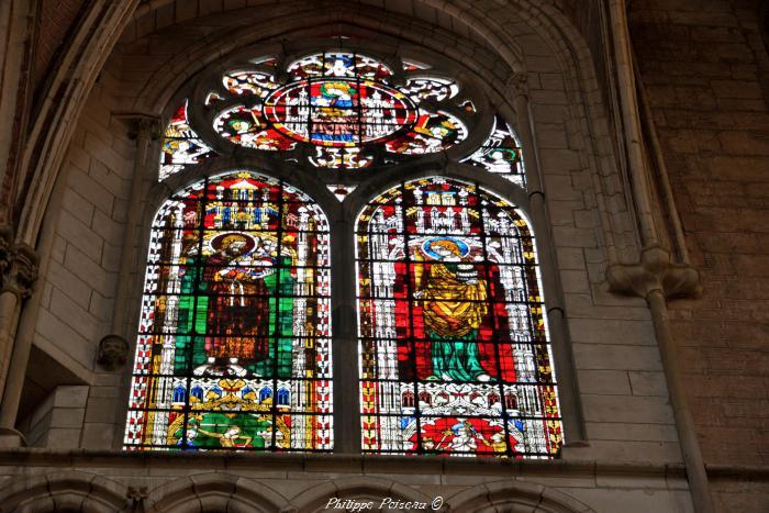 Vitraux de la cathédrale d'Auxerre un beau patrimoine