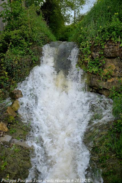 La Cascade de Prémery – Cascade saison des pluies