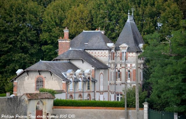Château de Moulin l'Évêque – Manoir de Moulin-l'Évêque