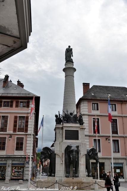 La remarquable Fontaine des Éléphants de Chambéry