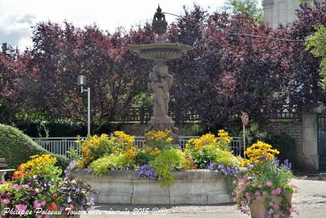 Fontaine de la Charité sur Loire Nièvre Passion