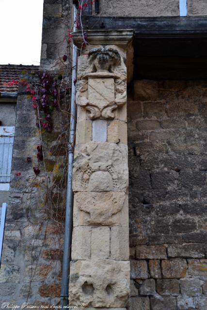 Blasons du Deffend du château de Prémery