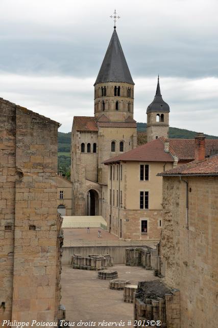Cluny I-II-III magnifique Abbaye de Cluny un inestimable patrimoine