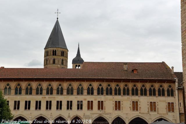 Palais du Pape Gélase de l'Abbaye de Cluny un beau patrimoine