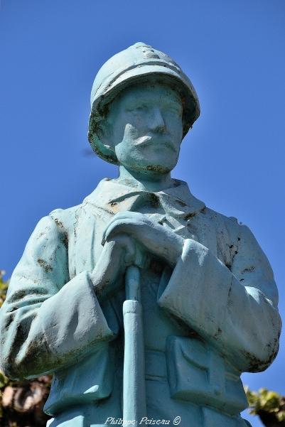 Monument aux morts de Saint-Martin-du-Puy