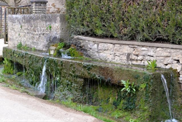 Fontaine de Soeuvres Philippe Poiseau