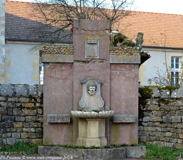 Fontaine de Tannay Nièvre Passion