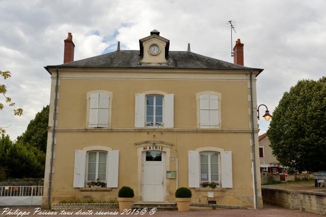 Mairie de Garchy un Hôtel de ville de Garchy