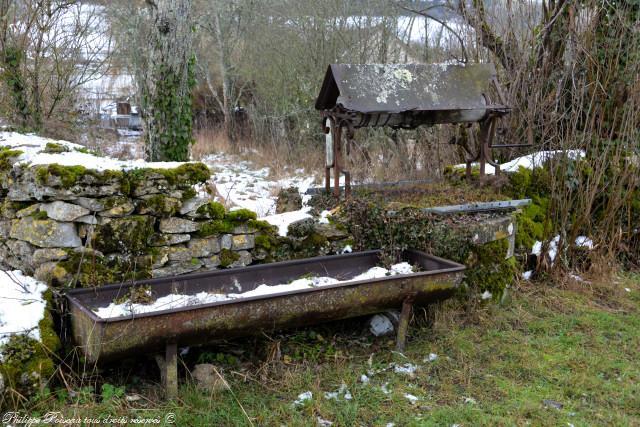 Ancien puits de Giry Nièvre Passion