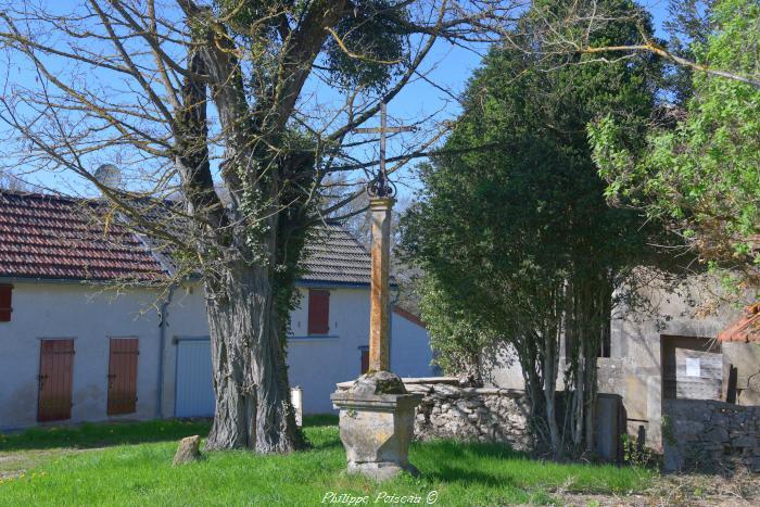 Croix monumentale de La Billerette un beau patrimoine