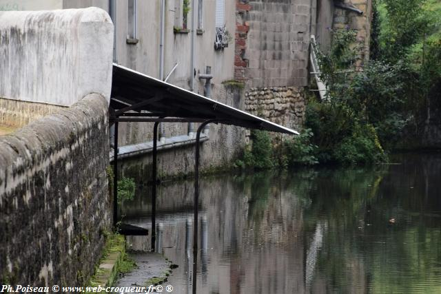 Le Lavoir de la rue du Moulin d'écorce un patrimoine