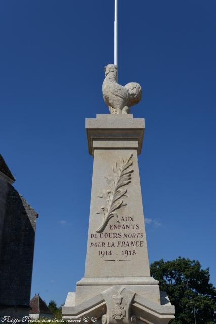 Monument aux morts de Cours