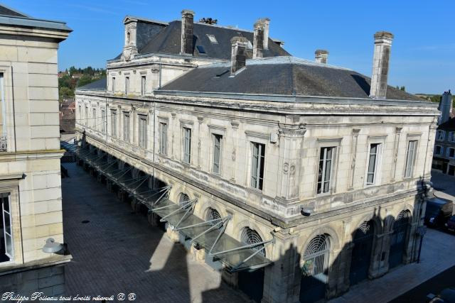 La Mairie de Clamecy – Hôtel de ville de Clamecy