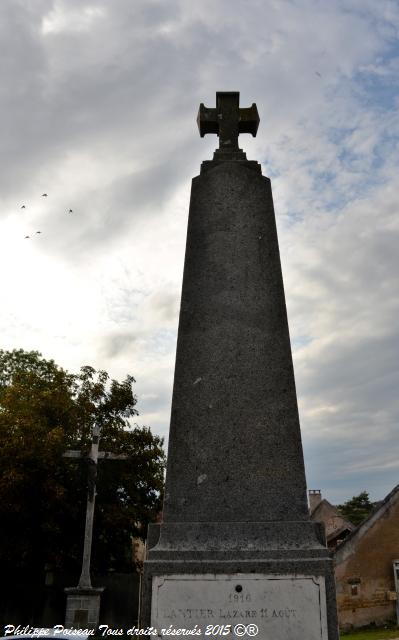 Monument aux Morts d'Anthien