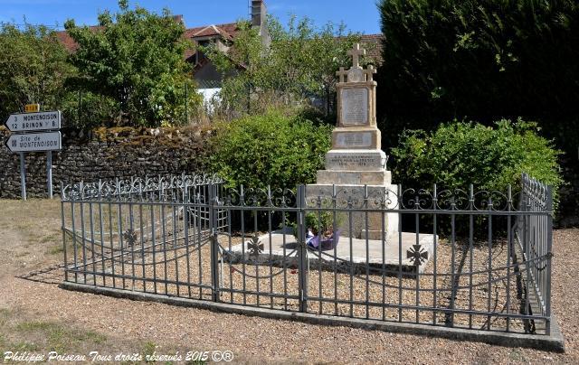 Monument aux Morts de Oulon Nièvre Passion