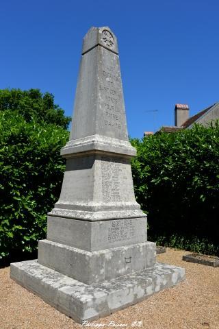 Monument aux morts de Saint Germain des Bois Nièvre Passion