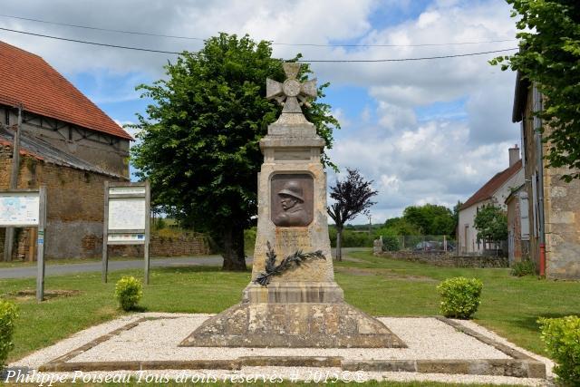 Monument aux Morts de Saint Sulpice Nièvre Passion