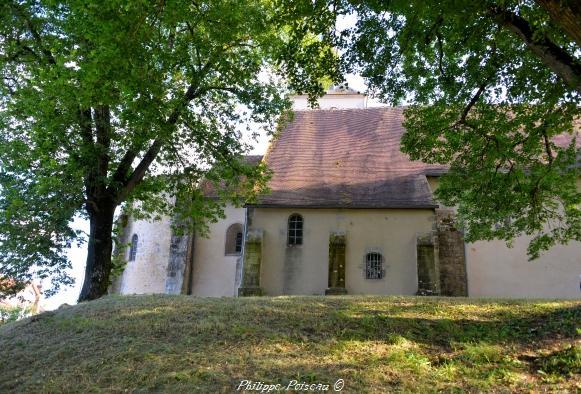 Motte d'Avril sur Loire – Patrimoine du Nivernais