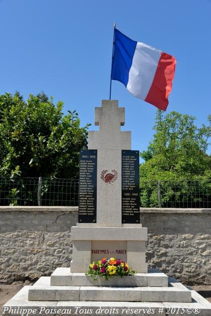 Monument aux Morts de Varennes