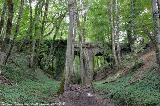 Le pont des Trois Gueules Nièvre Passion
