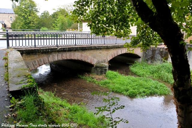 pont de nevers