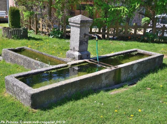 Fontaine et abreuvoir de Saint-Martin-du-Puy un patrimoine