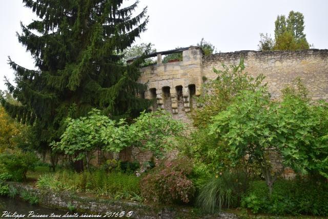 Les Remparts de la ville de Nevers