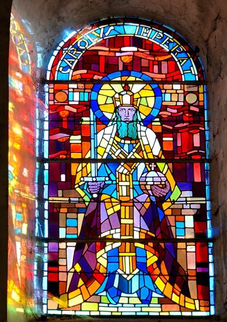 Vitraux de Saint Pierre le Moutier – Remarquable patrimoine